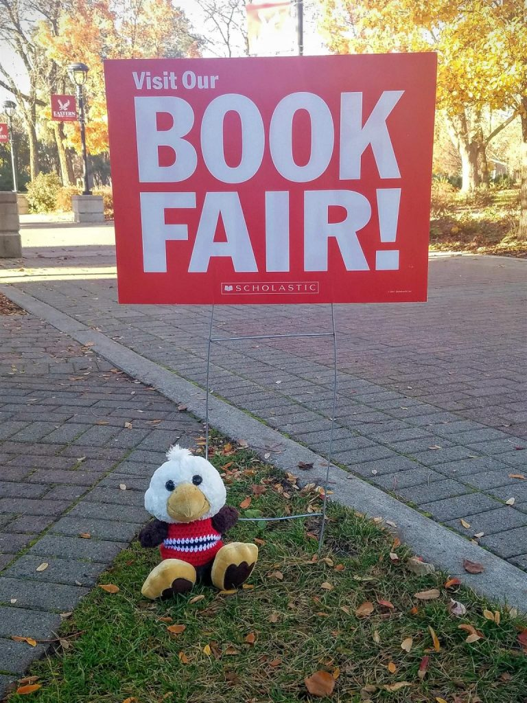 Obed goes to the Book Fair_web
