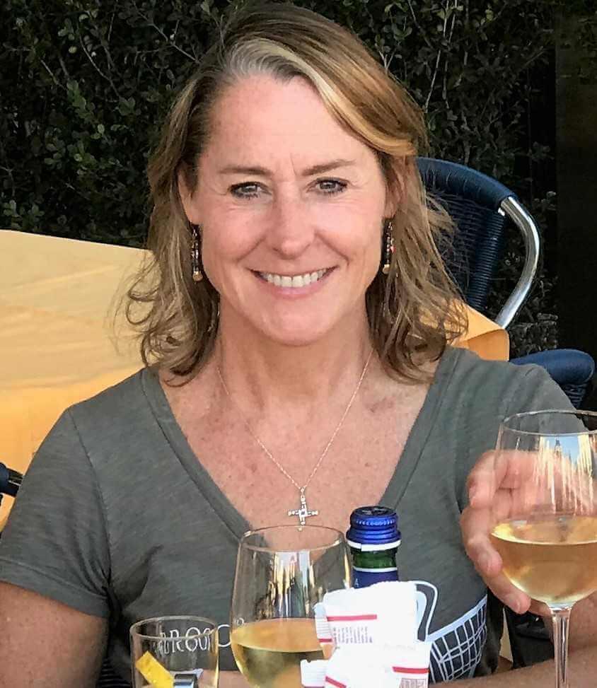Yvonne Higgins Leach